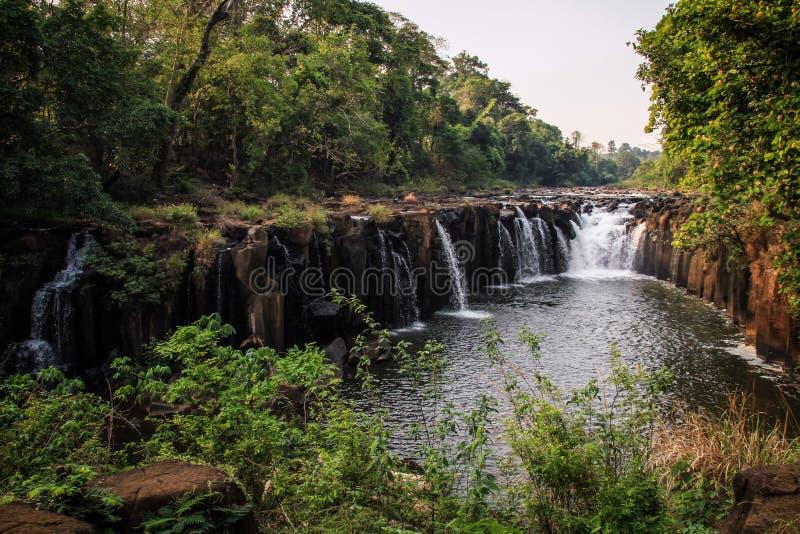 Tad Pha Suam Pha Suam-Waterval, Bolaven-Plateau, Champasak-Provincie, Laos royalty-vrije stock afbeelding