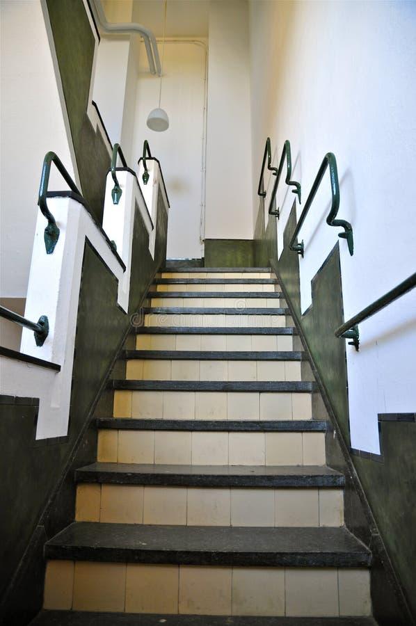 Tadelakt schody w Budować A, radio Kootwijk holandie obrazy stock