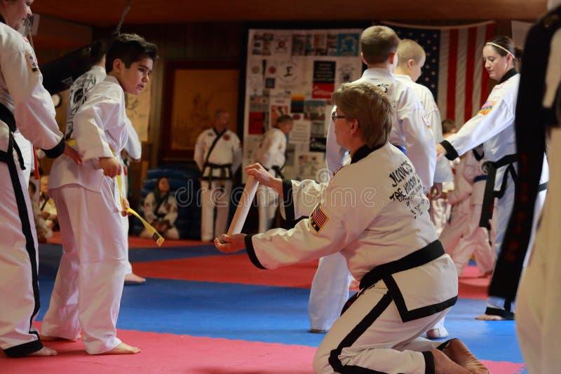 Tae Kwon Do-Test in Cedar Rapids, Iowa lizenzfreies stockfoto