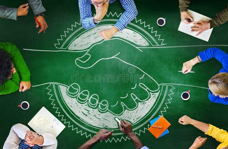 Tafel-Brainstorming-Zusammenarbeits-Planungs-Strategie-Konzept stockbild