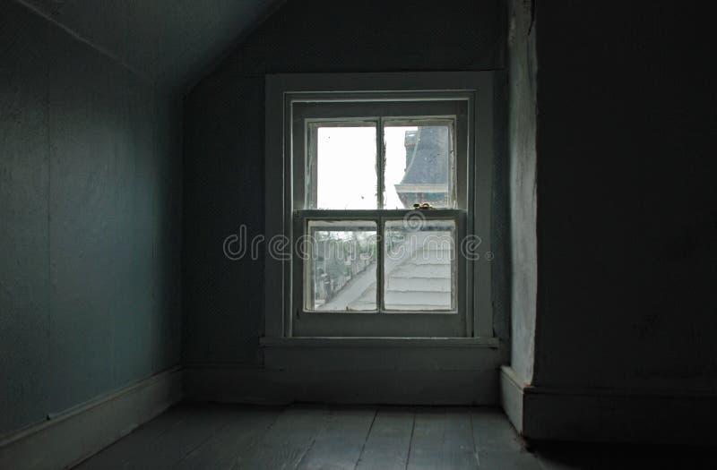 tafli okno w attyku obraz royalty free