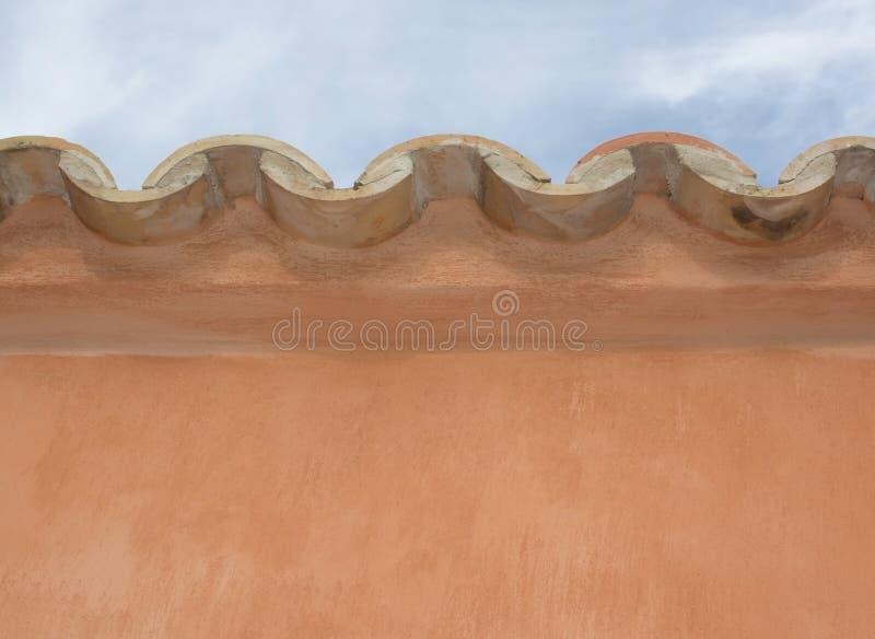 taflujący krawędź dachu fotografia stock
