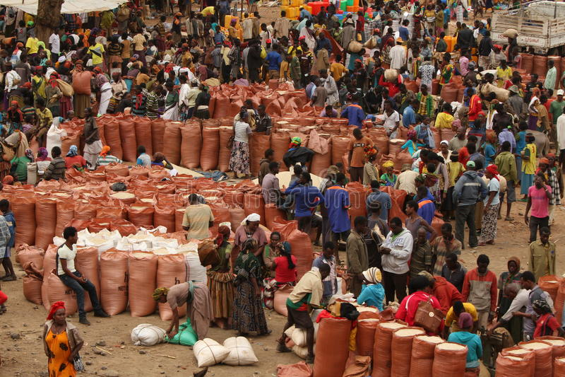 Tag des Marktes im Mande Äthiopien lizenzfreie stockfotos