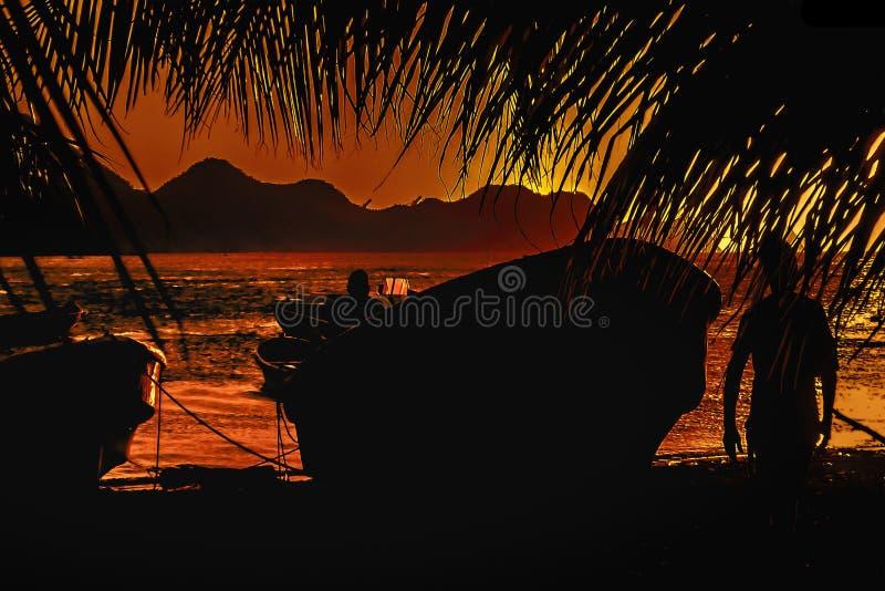 Taganga海湾日落,哥伦比亚 免版税库存图片
