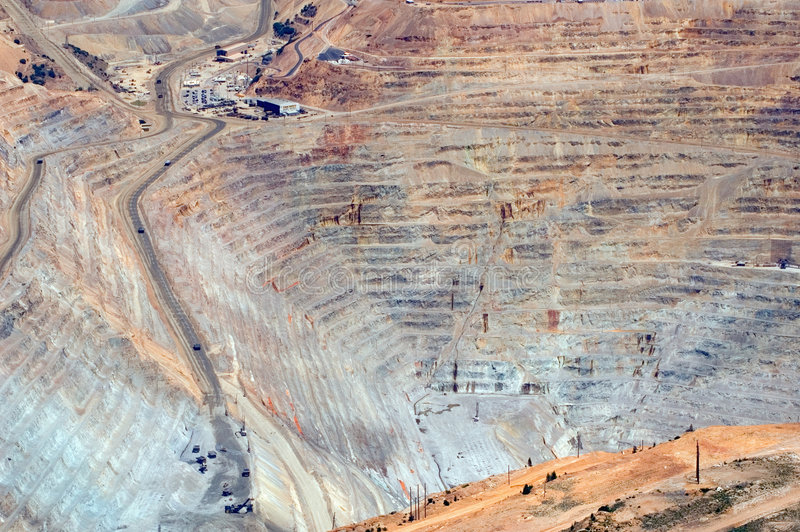 Tagebaugrube stockbilder