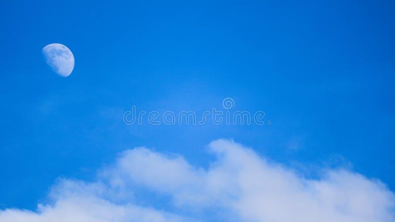 Tagesmond-Mond stockfotos