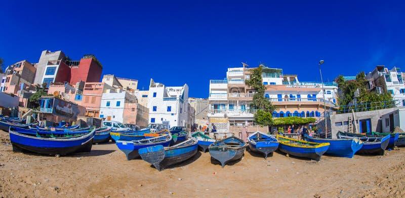 Taghazout海浪村庄,阿加迪尔,摩洛哥 免版税库存照片