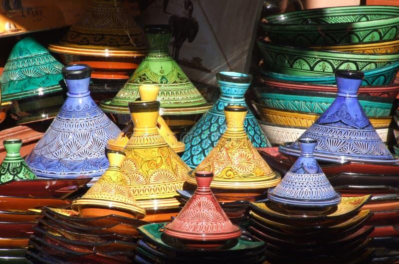 Tagine Potenziometer, Marrakesch souk lizenzfreie stockfotos