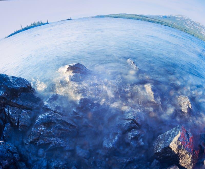 Tagish Yukon för landskap för sjövatten territorium Kanada fotografering för bildbyråer