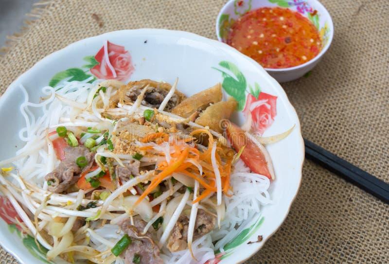 Download Tagliatella Vietnamita Con Carne Di Maiale E La Verdura Immagine Stock - Immagine di gourmet, cipolla: 55360065