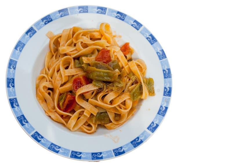 Tagliatelle com molho da pimenta e de tomate fotos de stock
