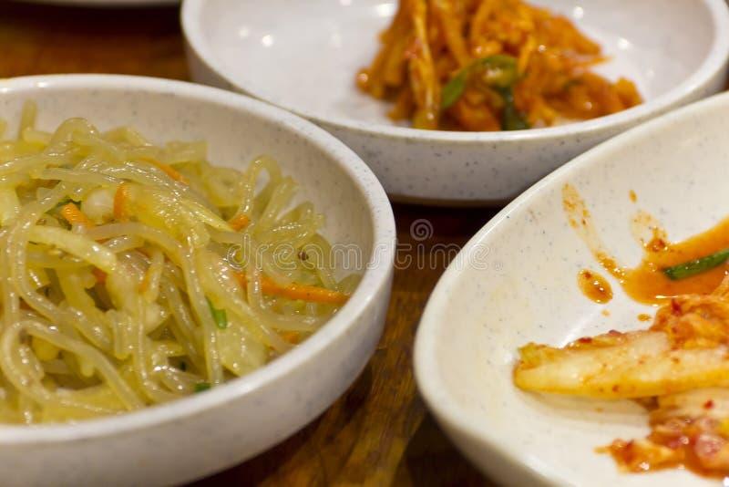 Tagliatelle di vetro coreane di chae della screpolatura di Japchae fotografia stock