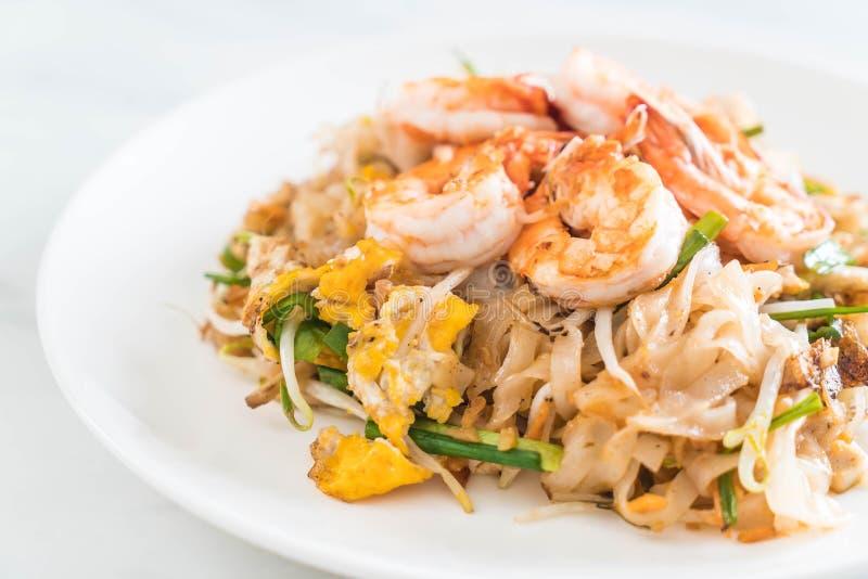Tagliatelle fritte tailandesi immagine stock