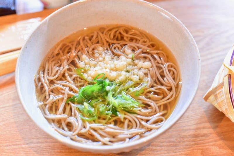 Tagliatelle giapponesi del grano saraceno o di Soba fotografie stock libere da diritti