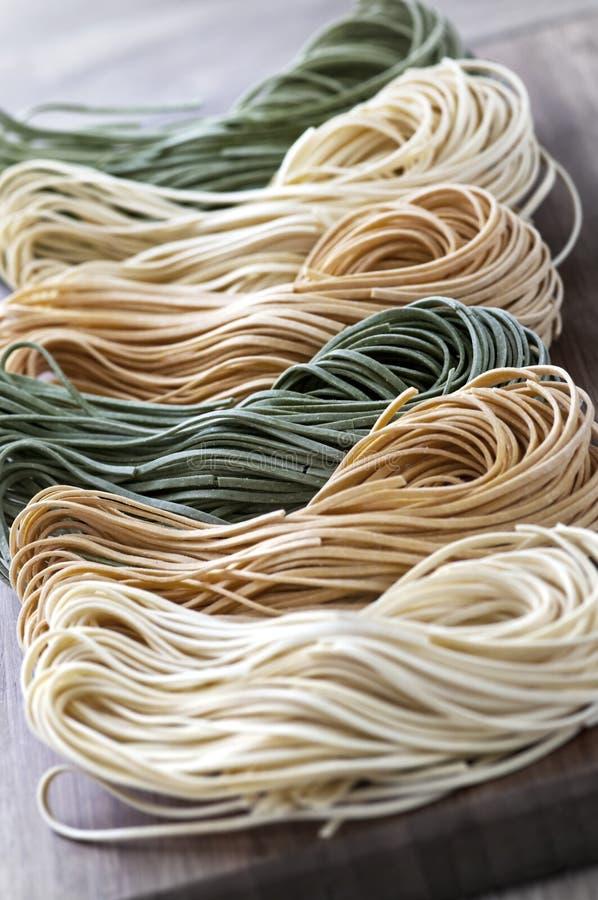 tagliolini макаронных изделия стоковое фото rf