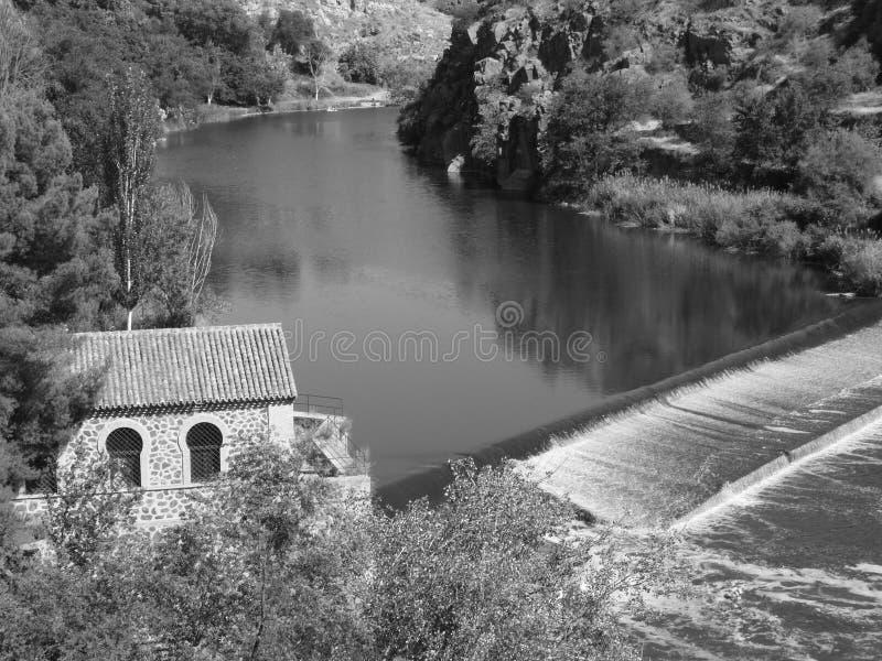 Tagusrivier in Toledo, Spanje stock afbeeldingen