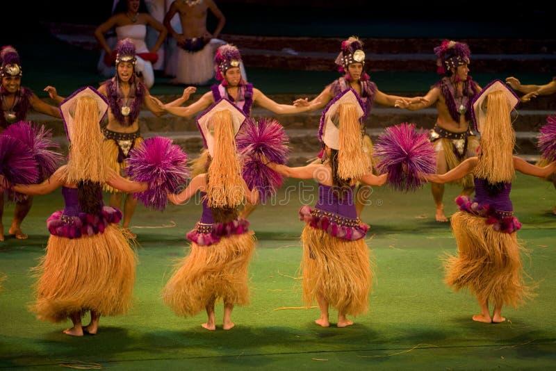 tahitian的舞蹈演员 免版税图库摄影