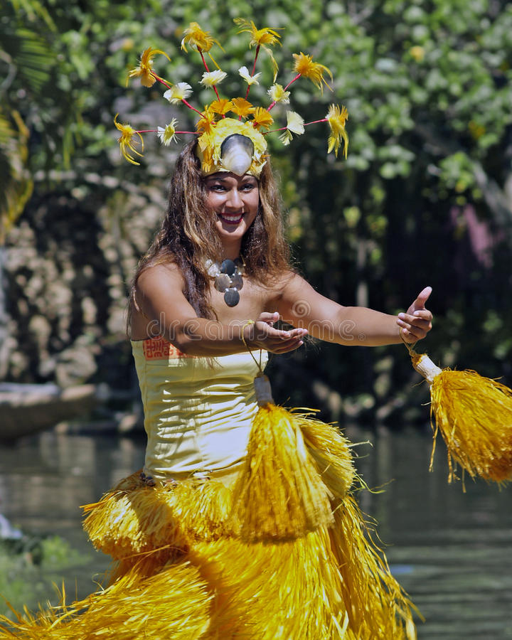 Download Tahitian Dancer editorial photography. Image of paradise - 28346807
