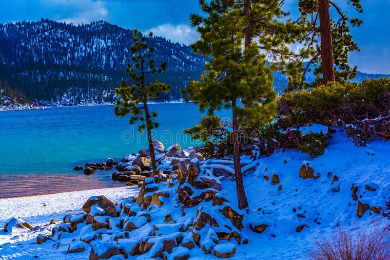 Tahoe jeziorna Zima zdjęcia stock