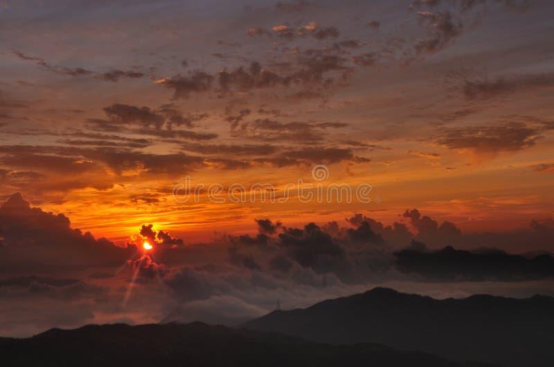 Tai Mo Mountain-zonsopgang stock foto