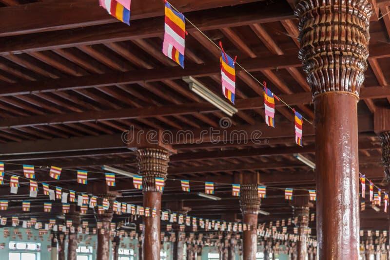 Tai Ta Ya monaster lub Sao Roi tony świątynia fotografia royalty free