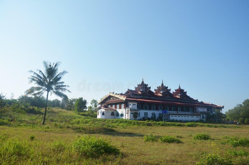 Tai Ta Ya monaster lub Sao Roi tony świątynia, Myanmar fotografia royalty free