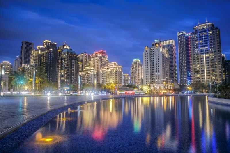 Taichung, Taiwan - 25 de fevereiro de 2018: Destinos famosos do curso de Taiwan Imagem moderna do conceito do negócio de Ásia fotos de stock