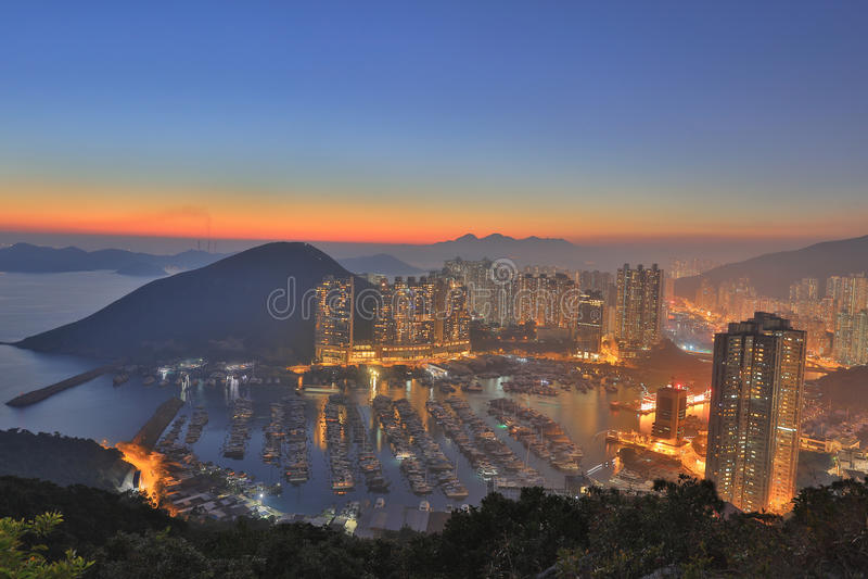 Taifunschutz im Berg in HK stockfoto