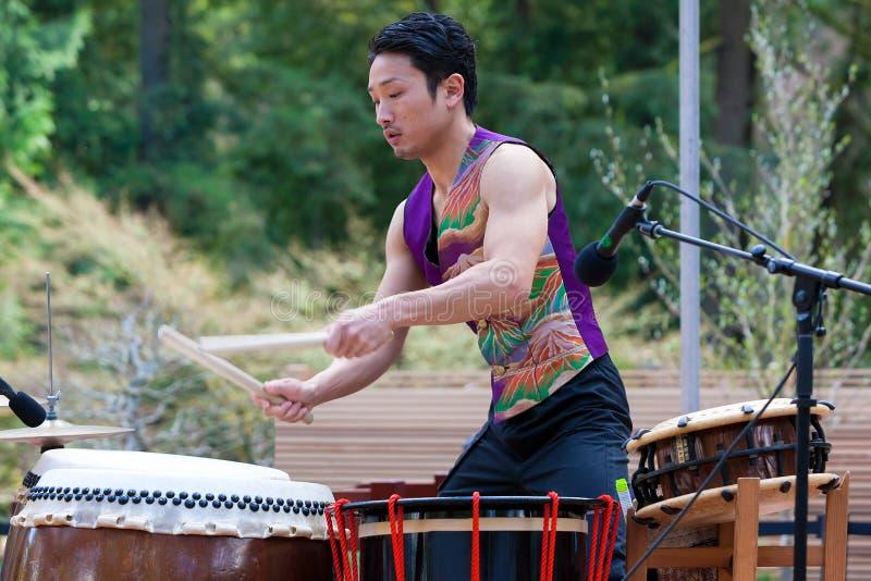 Taiko Dummer no japonês Gerden de Portland foto de stock