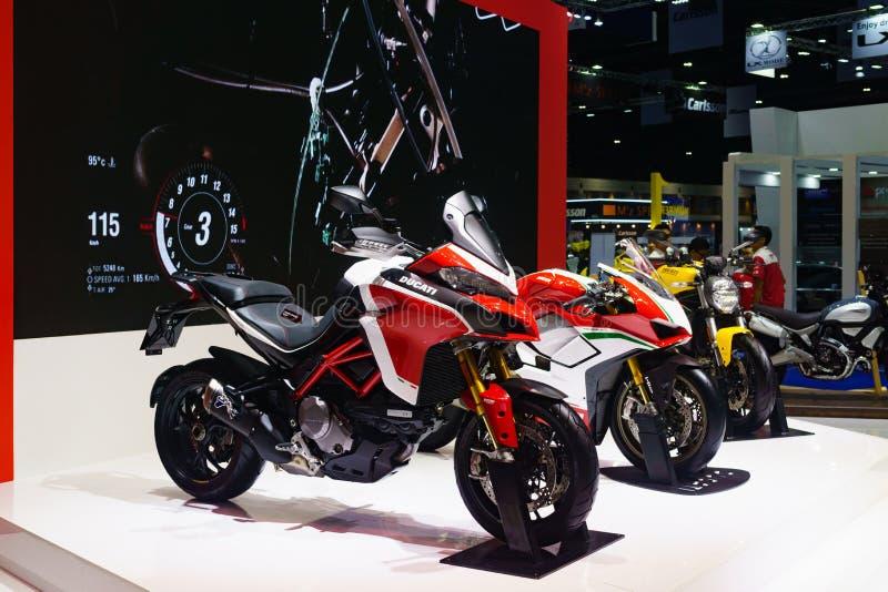 Tailândia, Banguecoque - 31 de março de 2018: Motocicleta do supersport de Ducati foto de stock