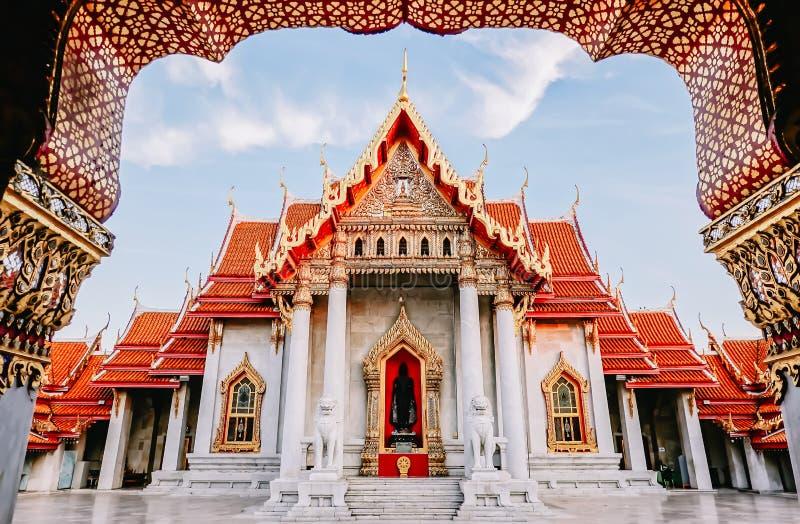 Tailândia despercebida, Wat Benchamabophit Dusitvanaram é um templo budista em Banguecoque, Tailândia imagens de stock