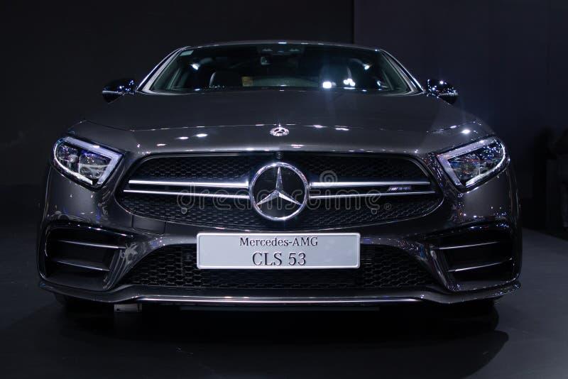 Tailândia - em dezembro de 2018: Elevado desempenho luxuoso do carro do sedan do esporte do Benz AMG CLS 53 de Mercedes na expo d fotografia de stock