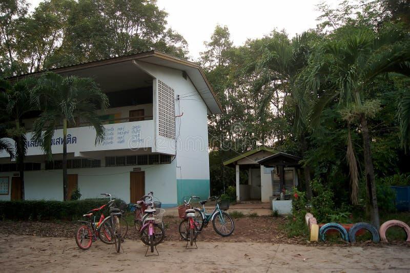TAILANDIA 4 DE DICIEMBRE DE 2016; la condición de la escuela en la provincia de Sakon Nakhon del noreste del país Tailandia foto de archivo