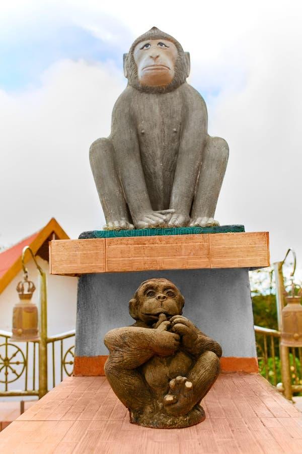 tailandia Estatuas chinas del zodiaco de monos en Samui Viaje, a foto de archivo