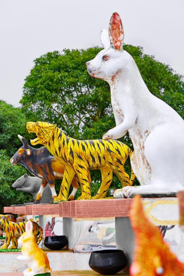 tailandia Estatuas hinese del zodiaco del ¡de Ð en Koh Samui Viaje, turismo imagenes de archivo