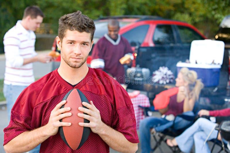 Tailgating: Männlicher Student Upset That Football Team Is Losing lizenzfreie stockbilder