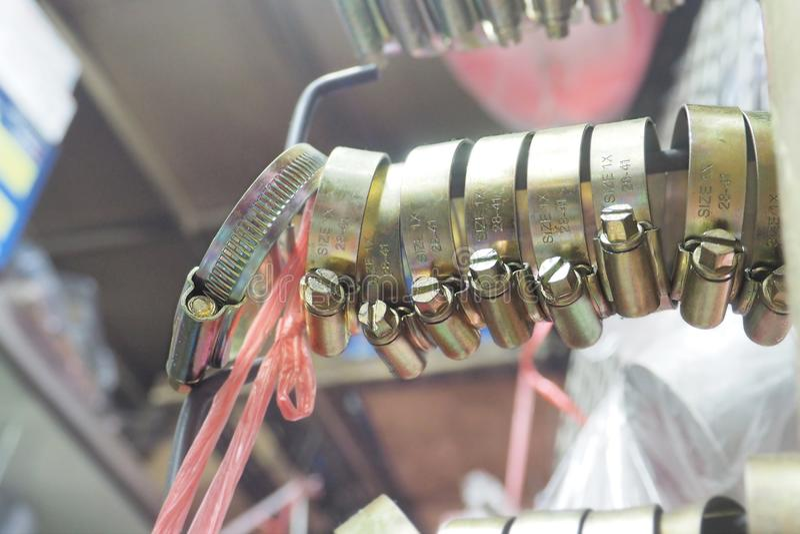 Taille lourde 1X 28-41 de collier de la conduite de couple accrochant sur le crochet à vendre images stock