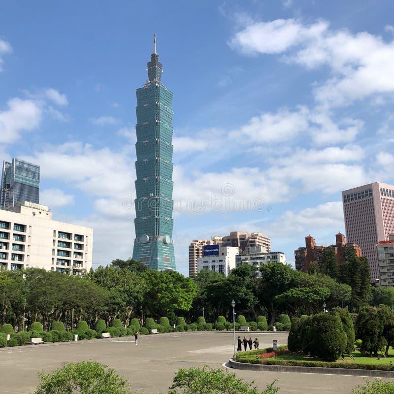 Taipei 101 é a segunda construção a mais alta no mundo fotografia de stock
