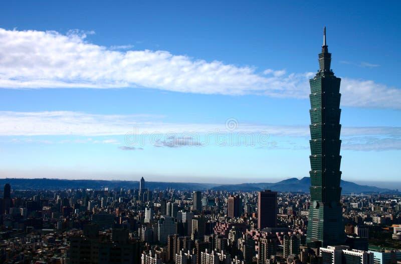Taipei 101 und Stadt lizenzfreies stockbild