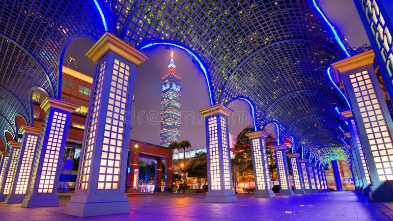 Im Stadtzentrum gelegenes Taipei, Taiwan-Stadtbild stockfotos