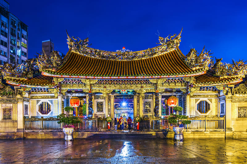 Download Taipei Longshan Temple Royalty Free Stock Photography - Image: 35548987