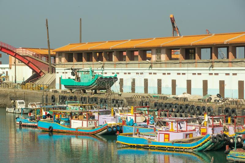 Taipei/Taiwan-23 03 2018: Os barcos taiwaneses no porto fotos de stock royalty free