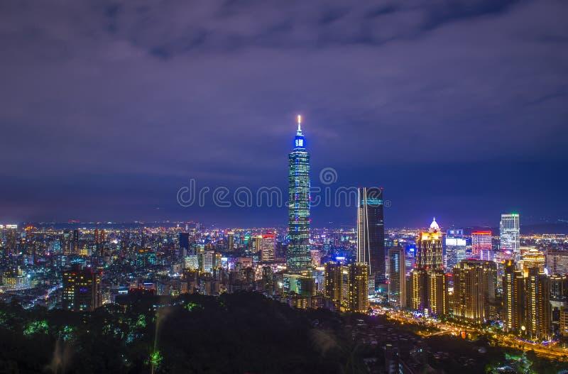 Taipei, Tajwańska linia horyzontu obrazy royalty free