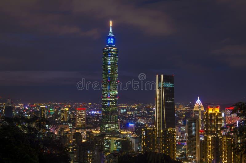 Taipei, Tajwańska linia horyzontu fotografia stock