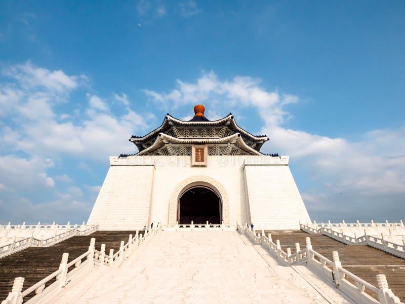 Taipei Tajwan, Maj, - 13, 2019: Zabytek, punkt zwrotny i atrakcja turystyczna wyprostowywający ku pamięci Generalissimo Chiang Ka zdjęcia stock