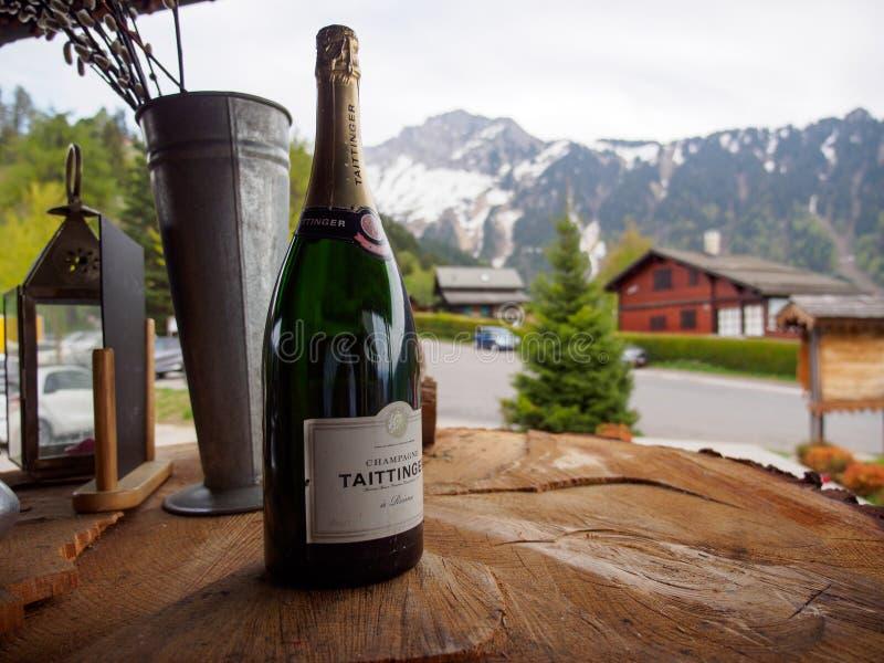 Taittinger Champagne Brut aux Alpes suisses restaurant, Montreux, Suisse photos libres de droits