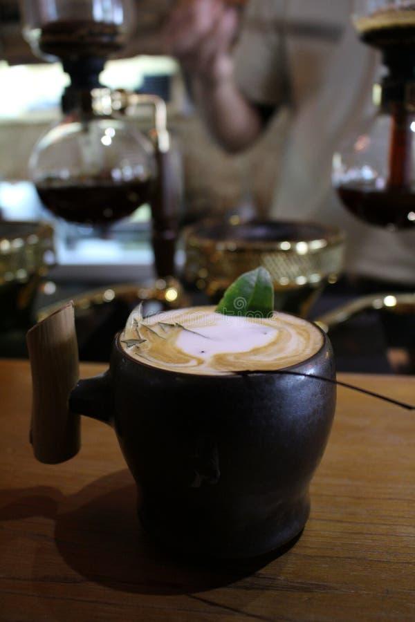 Taiwanese coffeetree van de de Wolkenstijl van de koffiewinkel koningskoffie royalty-vrije stock foto's
