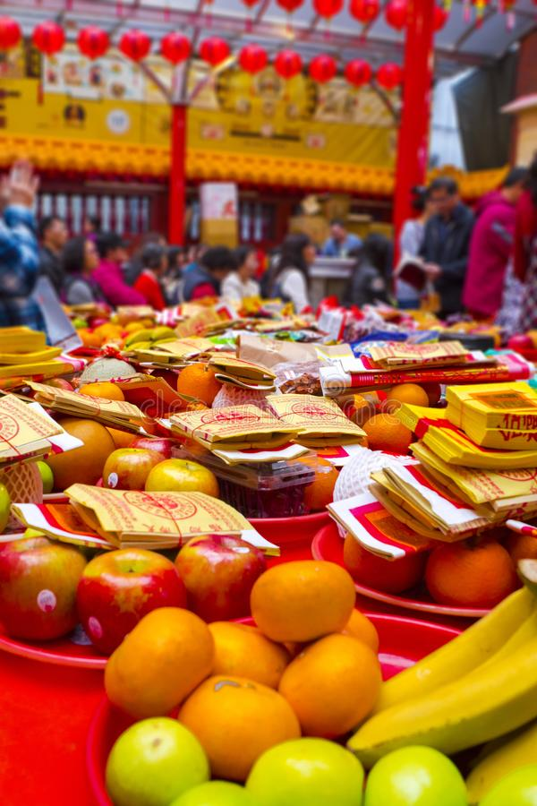 Taiwanese tradities, godsdienstige overtuigingen, Dafa-raden, goddelijk papiergeld, offerdienstenaanbod, stock fotografie