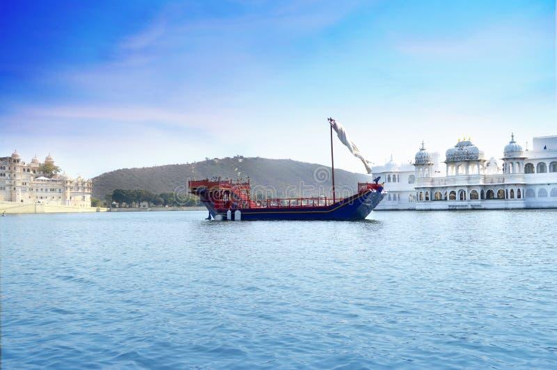 Taj湖宫殿看法  乌代浦宫殿,拉贾斯坦,印度 库存照片