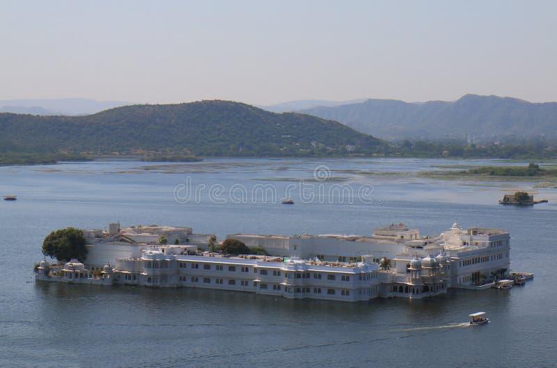 Taj湖宫殿都市风景乌代浦印度 免版税库存照片